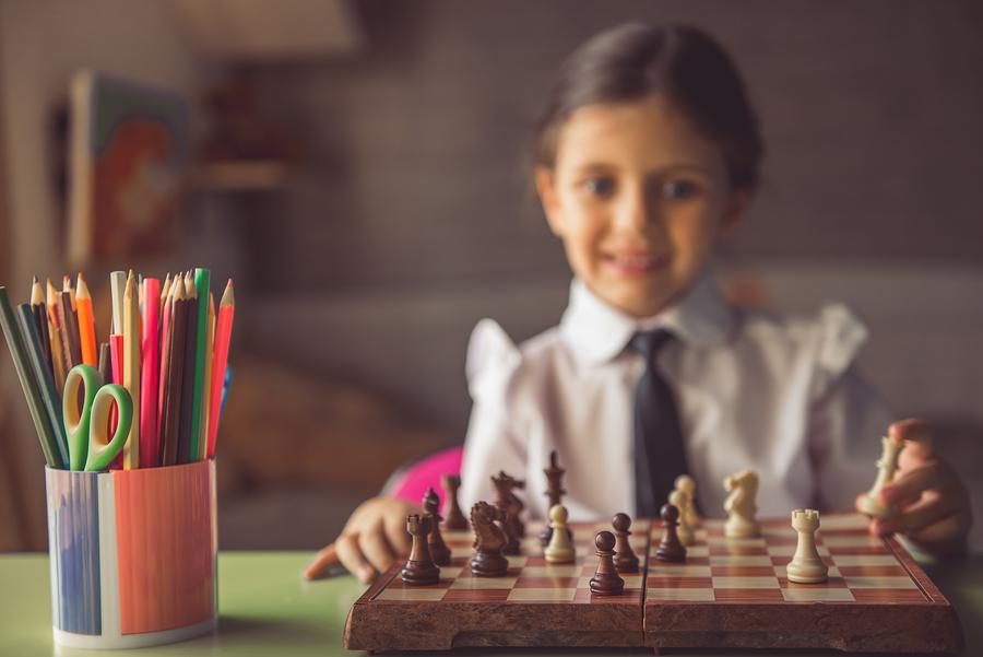 schachfiguren selber machen sch ne bastelideen f r kinder. Black Bedroom Furniture Sets. Home Design Ideas