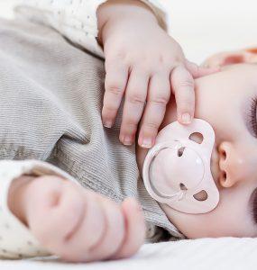 Baby und schlafen